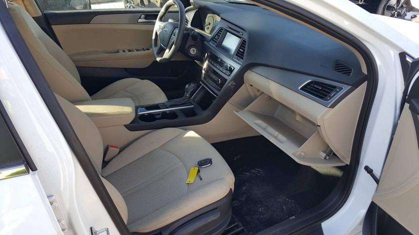 HYUNDAI SONATA - 2016 год - привезенное авто нашего клиента уже на учете зображення 5