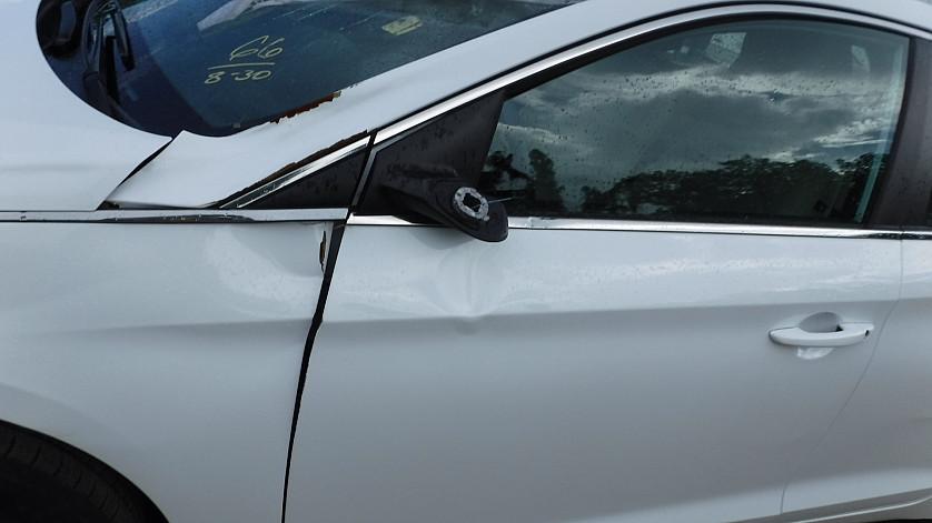 HYUNDAI SONATA - 2016 год - привезенное авто нашего клиента уже на учете зображення 3