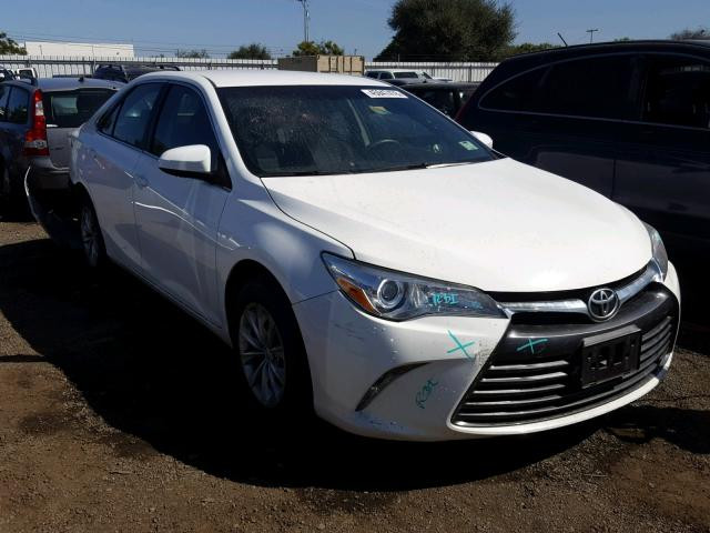 Toyota Camry 2015 зображення 1