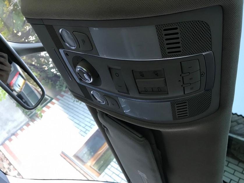 Audi Q7 2012 года. зображення 8
