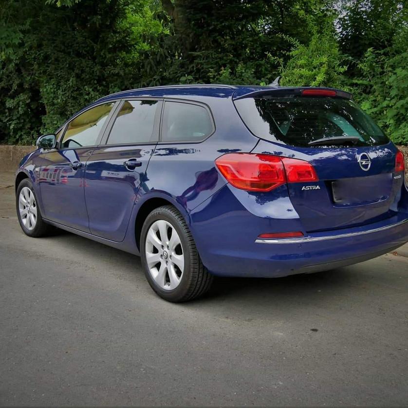 Opel Astra Sports Touren зображення 8
