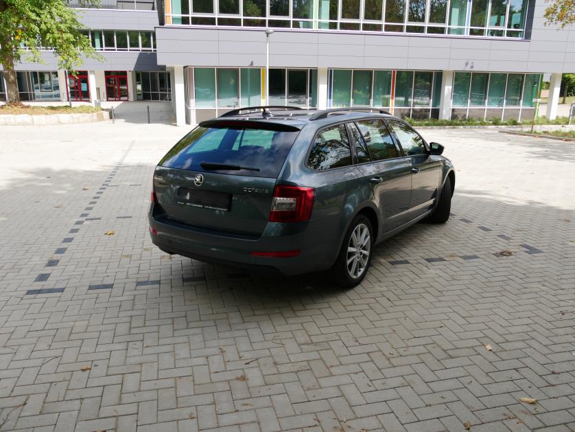 Skoda Octavia 2016 зображення 6