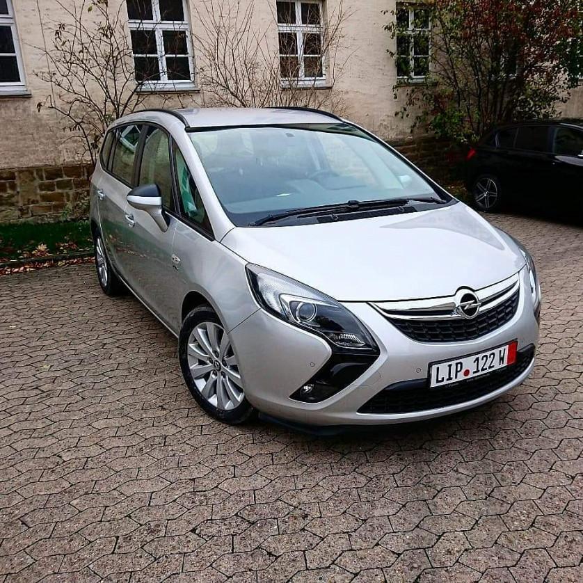 Opel Zafira Tourer зображення 1