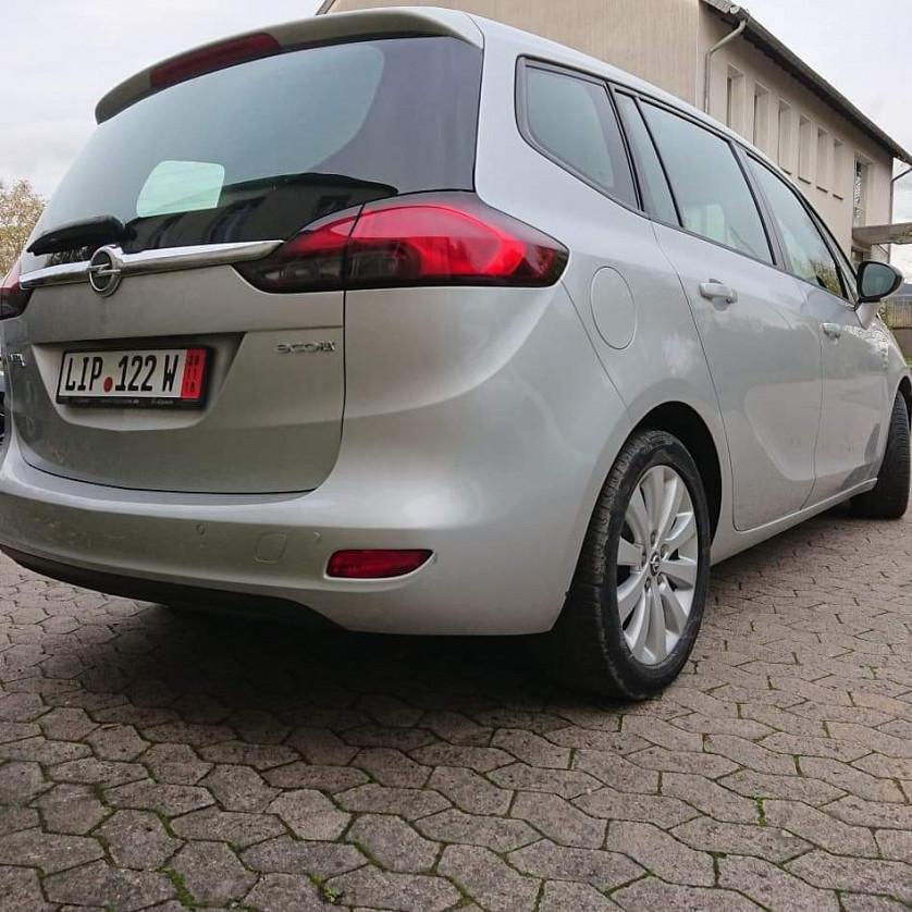 Opel Zafira Tourer зображення 3
