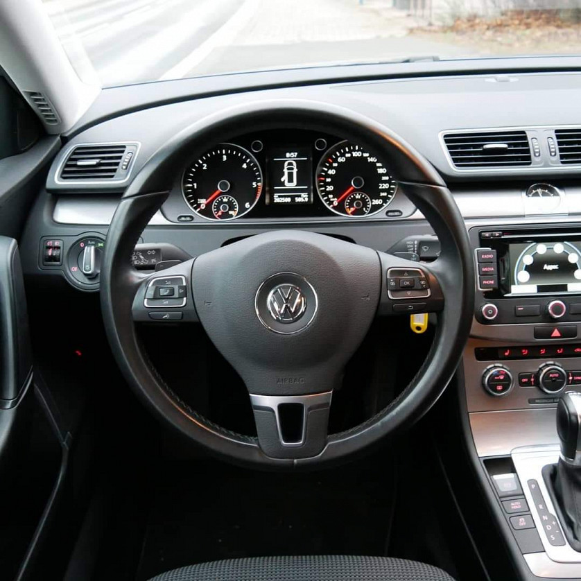 VW Passat B7 зображення 4