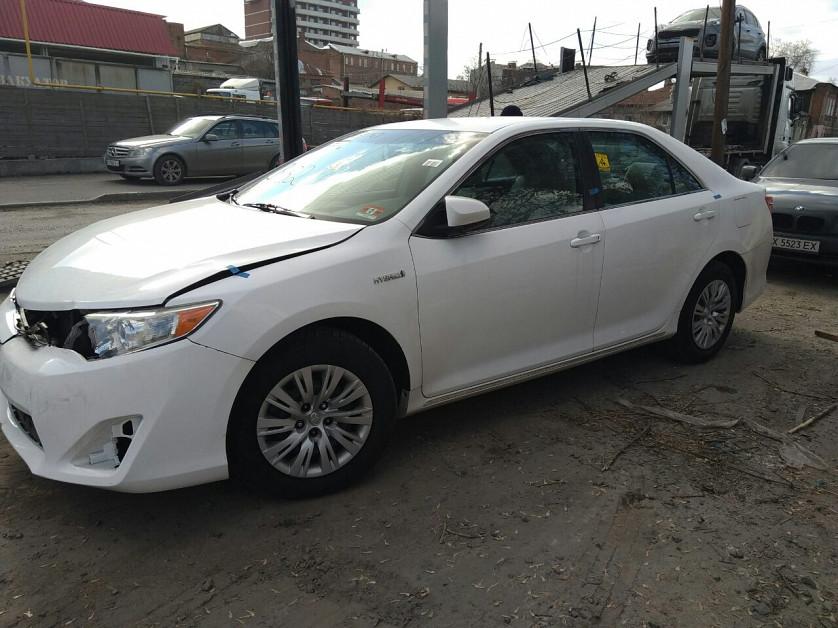 Toyota Camry Hybrid 2013 зображення 6