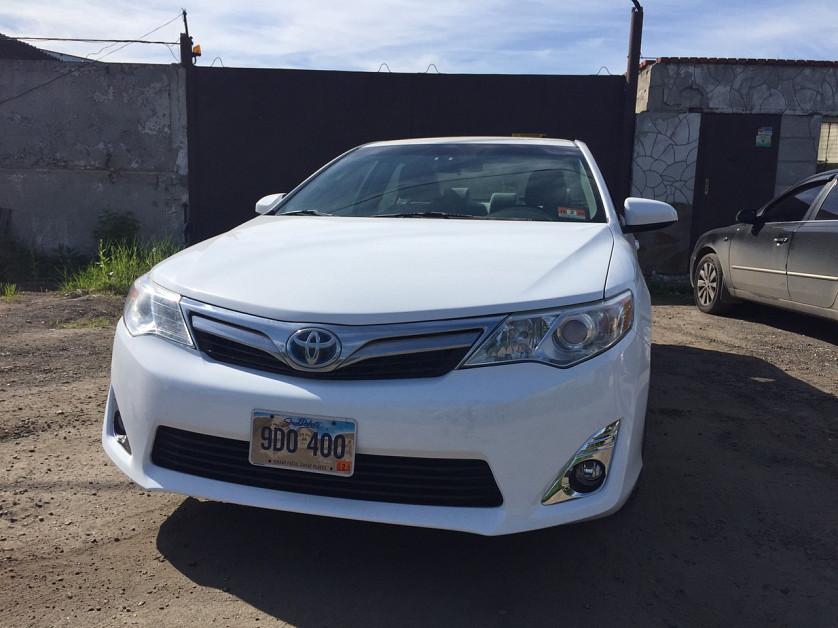 Toyota Camry Hybrid 2013 зображення 1