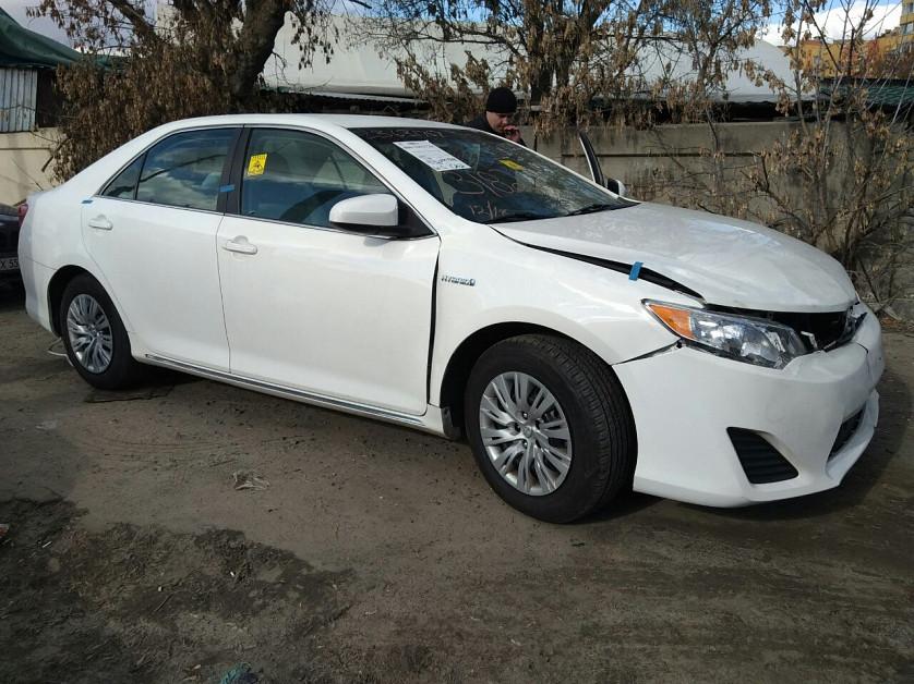 Toyota Camry Hybrid 2013 зображення 3