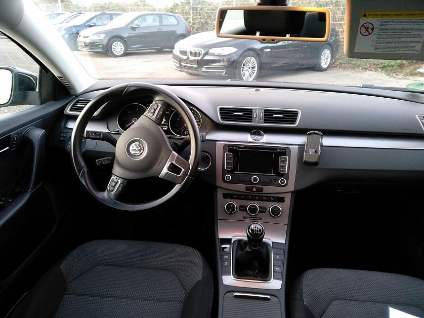 Volkswagen Passat 1.6 TDI зображення 6