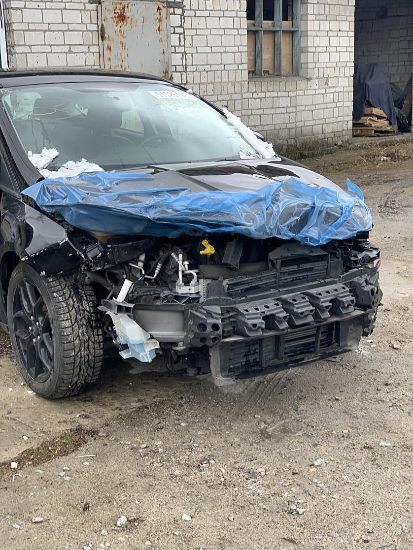 Ford Focus SEL 2016 зображення 2