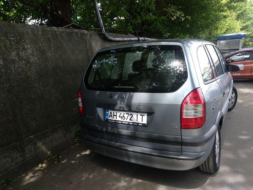 Opel Zafira A зображення 4