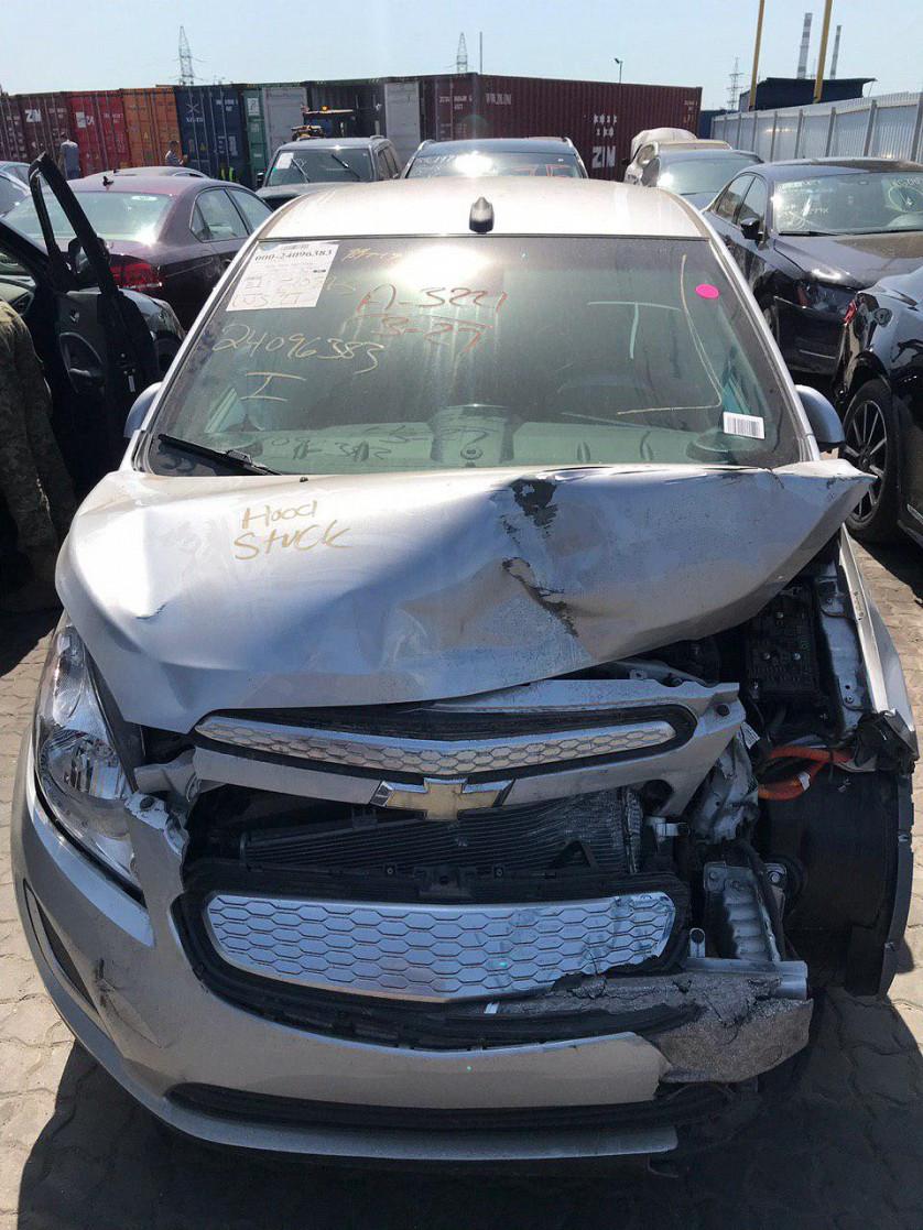 Электромобиль Chevrolet Spark EV изображение 5