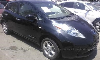 Nissan Leaf целый за $6500 изображение 1