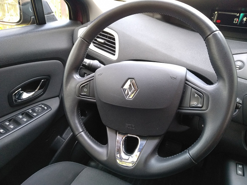 Renault Grand Scenic 2013 зображення 8