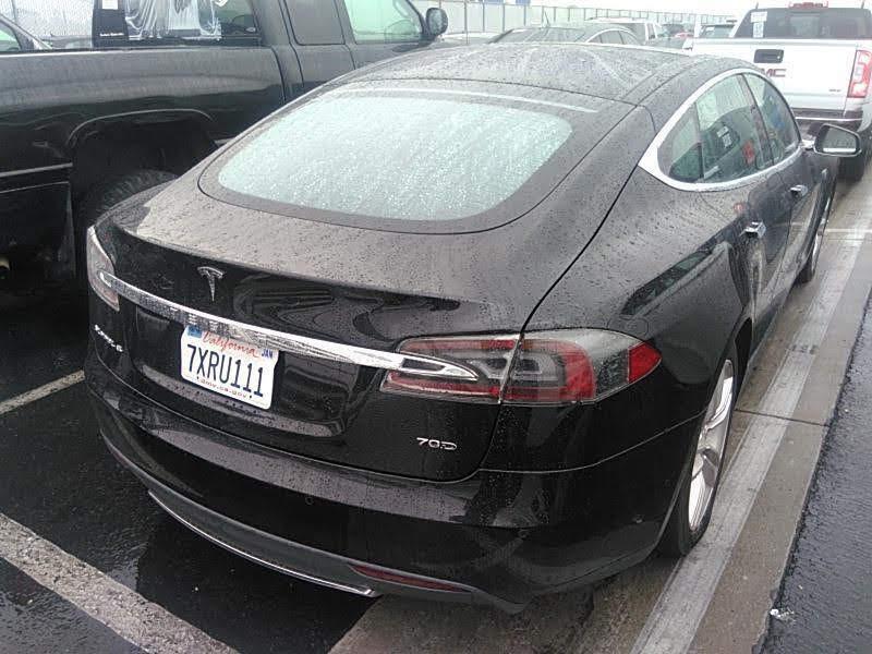 2015 Tesla Model S 4dr Sdn AWD 70D зображення 3