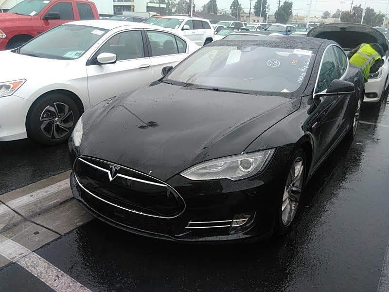 2015 Tesla Model S 4dr Sdn AWD 70D зображення 1