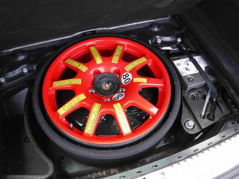 2012 Volkswagen Touareg зображення 8