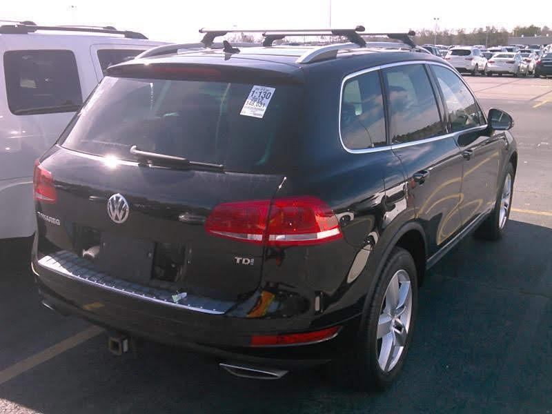 2012 Volkswagen Touareg изображение 2
