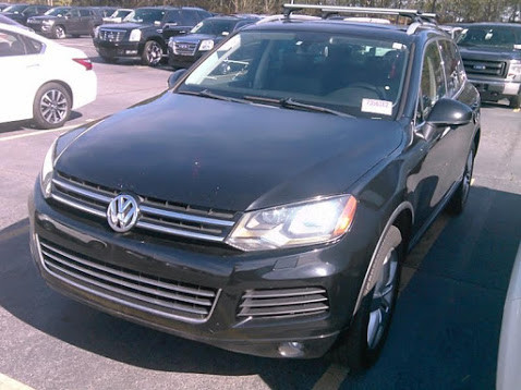 2012 Volkswagen Touareg изображение 1