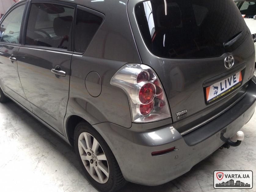 Toyota Corolla Verso 2.2 Turbodiesel D-4D зображення 3
