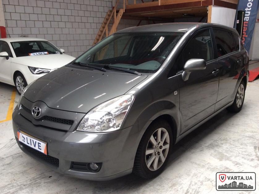 Toyota Corolla Verso 2.2 Turbodiesel D-4D зображення 4