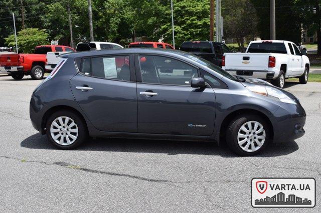 Nissan Leaf S 2013 зображення 6