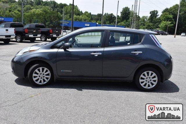 Nissan Leaf S 2013 зображення 3