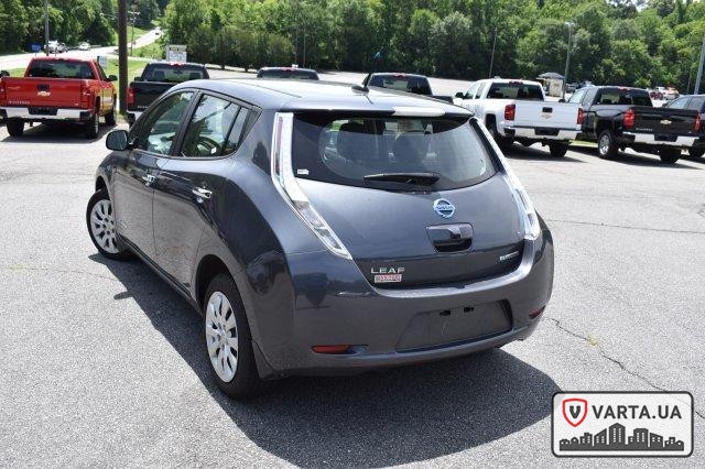 Nissan Leaf S 2013 зображення 4