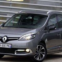 Renault Grand Scenic  2014 год в комплектации BOSE