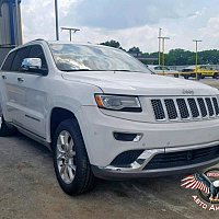 JEEP GRAND CHEROKEE SUMMIT 2014 г.в. 13900$